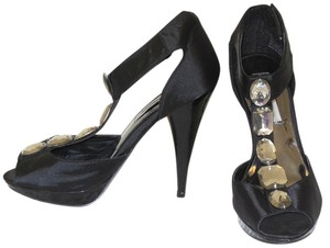 Steve Madden Satin Peep Toe Black Pumps