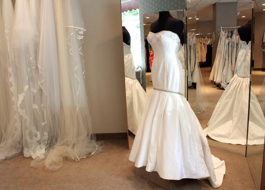 Preload https://item1.tradesy.com/images/angelina-bridal-couture-white-silk-1400-wedding-dress-size-6-s-3535600-0-0.jpg?width=440&height=440