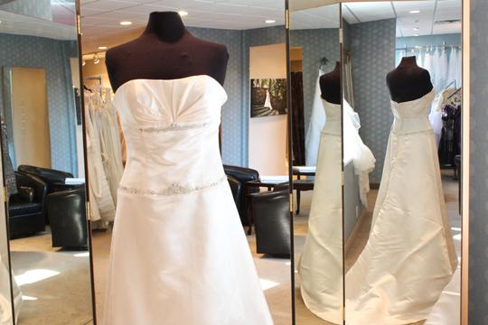 Angelina Bridal Couture Silk 316 Wedding Dress Size 6 (S)