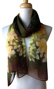 Gorgeous scaf Brand New Gorgeous brown multi floral light weight scarf