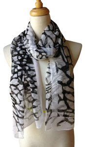 Gorgeous scarf Brand New Gorgeous black multi giraffe animal print light weight scarf