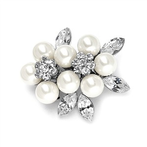 Mariell Soft Cream Pearl & Crystal Cluster Bridal Brooch 3865p