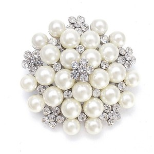 Mariell Silver/Pearl Cluster with Crystal 3150p-s Brooch/Pin
