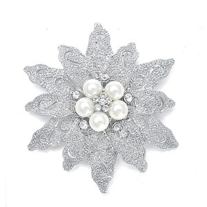 Mariell Bold Etched Flower Bridal Pin 980p