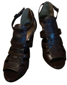 Kenneth Cole Brown Sandals