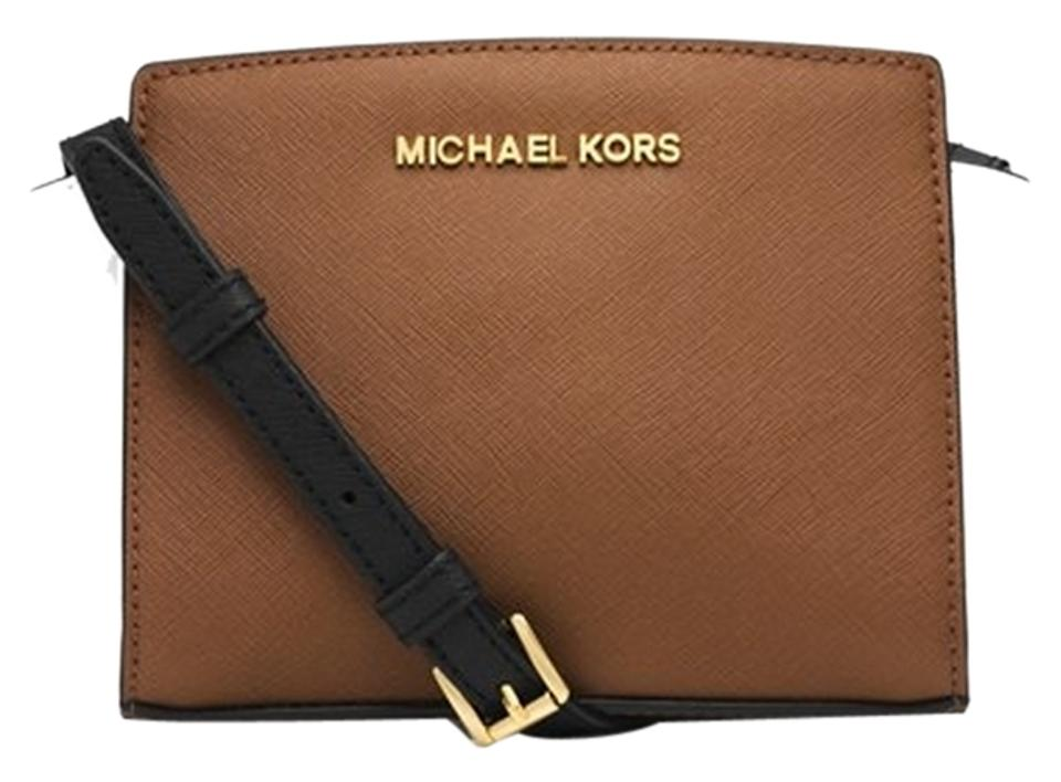 Michael Kors Leather Selma Mini Tan Messenger Small Cross Body Bag Image 0  ... 082f585257880