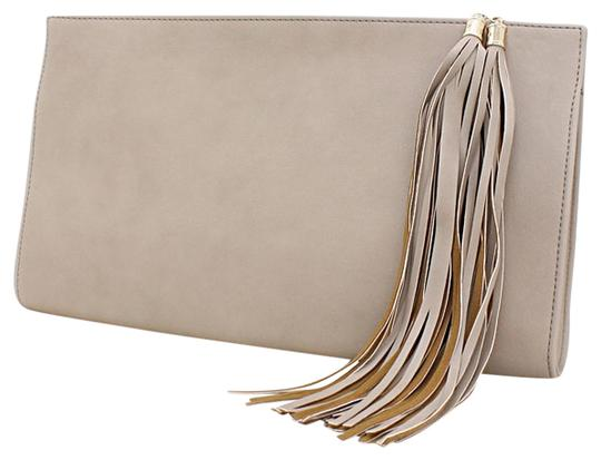 Preload https://item2.tradesy.com/images/fringe-accent-khaki-taupe-faux-leather-clutch-3540016-0-0.jpg?width=440&height=440