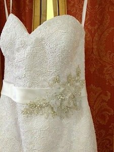 Allure Bridals White English Net and Lace Appliqu 8920 Feminine Bridesmaid/Mob Dress Size 10 (M)