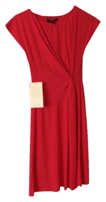 Preload https://img-static.tradesy.com/item/3541852/bcbg-paris-red-berry-parisian-chic-above-knee-night-out-dress-size-0-xs-0-0-650-650.jpg