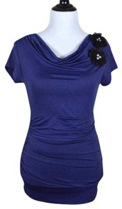 Studio Y Short Sleeve Drape Ruched Stretchy Top blue violet with black speckles