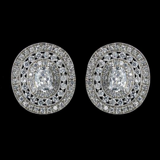 Preload https://item3.tradesy.com/images/elegance-by-carbonneau-silver-cz-crystal-stud-earrings-354237-0-0.jpg?width=440&height=440