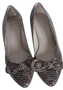 AK Anne Klein Brown Croc Flats