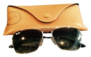 "Ray-Ban ""Caravan"" Aviator style smaller Ray Ban Sunglasses with Ray Ban brown case"