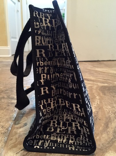 Burberry Tote in Limited edition black