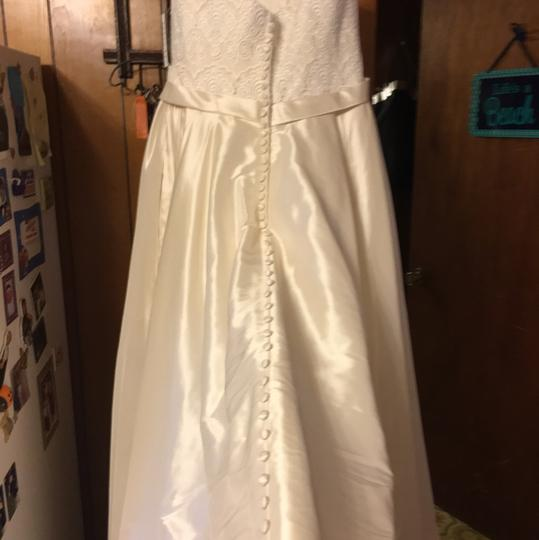 Allure Bridals Ivory Wedding Dress Size 18 (XL, Plus 0x)