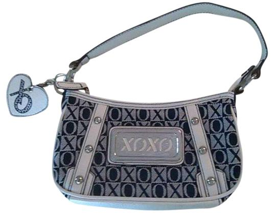 Preload https://item3.tradesy.com/images/xoxo-purse-small-lightweight-woven-whitenavy-blue-cottonpolyester-blend-shoulder-bag-354442-0-0.jpg?width=440&height=440
