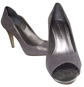 Banana Republic Peep Toe Grey Silver Heel Grey/Silver Pumps