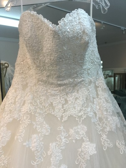 La Sposa Off White Lace and Tulle Milord Traditional Dress Size 14 (L)