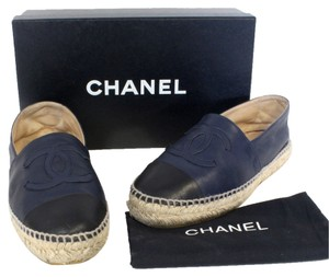 Chanel Ballerina Ballet Graffiti Cambon Le Boy Vintage Rare Leather Lamb Espadrille Leather Lambskin New Celebrity Kendall Navy Flats