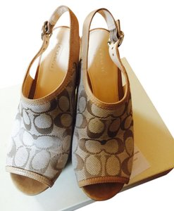 Coach Light khaki/sand Wedges