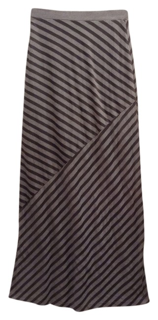 Preload https://item4.tradesy.com/images/nordstrom-grey-high-low-extra-small-maxi-skirt-size-0-xs-25-3548938-0-0.jpg?width=400&height=650