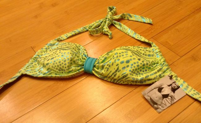Victoria's Secret Triangle Top and String Bikini New with Tags Size 6/8