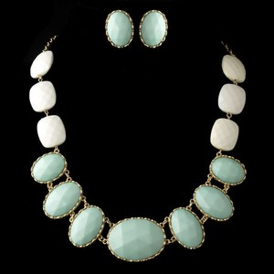 Elegance By Carbonneau Mint Green Faceted Bead Jewelry Set