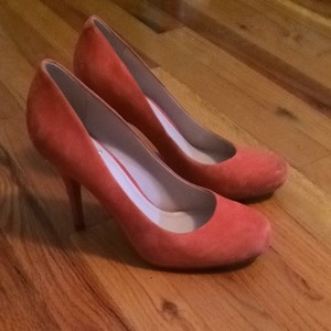 Vince Camuto Orange Pumps