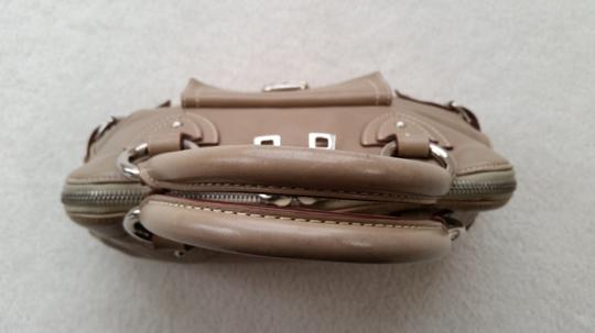 Marc Jacobs Satchel in Taupe