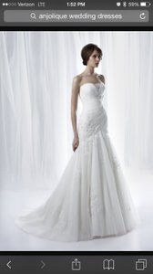 Ivory Tulle and Lace Gown C111 Formal Dress Size 10 (M)