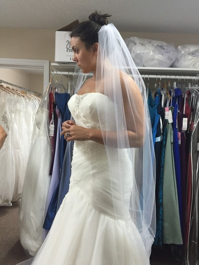 Ivory Tulle and Lace Gown C111 Formal Wedding Dress Size 10 (M)