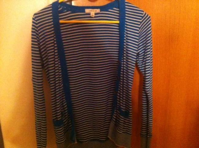 Preload https://img-static.tradesy.com/item/355495/forever-21-turquoise-striped-cardigan-size-4-s-0-0-650-650.jpg