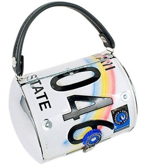 Preload https://item5.tradesy.com/images/little-earth-sale-plates-from-hawaii-has-rainbow-logo-metal-tote-35554-0-0.jpg?width=440&height=440