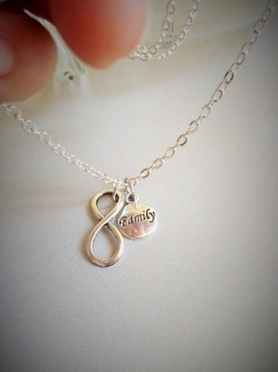 Other New Infinity Family Necklace, Mum, Sisters, Sister in Law, Cousin, Aunt, Gran
