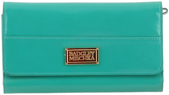 Item - Alissa Turquoise Wallet Green Patent Leather Clutch