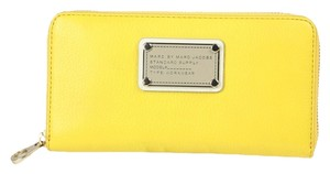 Marc by Marc Jacobs Wallet Mbmj Grapefruit Zest (Yellow) Clutch