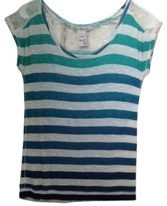 American Rag T Shirt blue and white