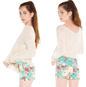Brandy Melville Shorts Green Floral Print