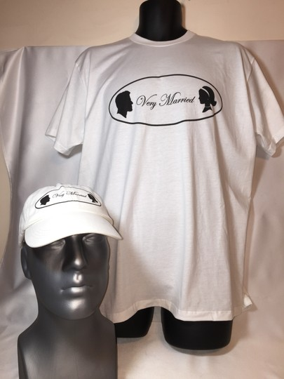 """"""" Very Married """" Ladies Large T-shirt (classic Style)"""