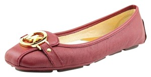 Michael Kors Mk Womens Fulton Loafers Mocs Driving Moc Moccasin Moccassins Saffiano Wine Red Red Leather Rubber Soles Chic Burgundy Flats
