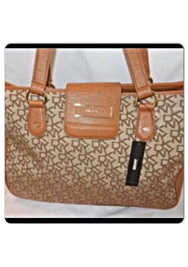 DKNY Tote in Beige Tan