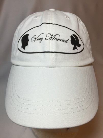 """"""" Very Married """" Ladies Small T-shirt (classic Style)"""
