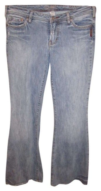 Item - Blue Light Wash Flare Leg Jeans Size 31 (6, M)