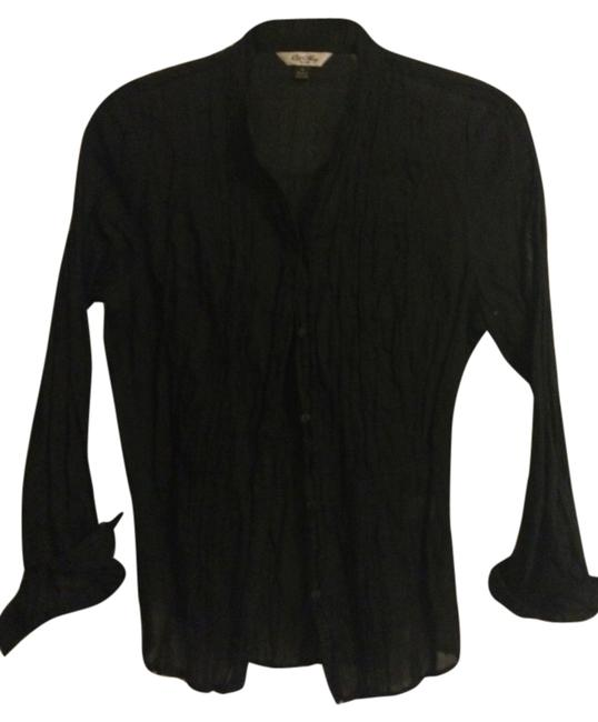 Preload https://item4.tradesy.com/images/old-navy-black-button-down-top-size-8-m-3562738-0-0.jpg?width=400&height=650