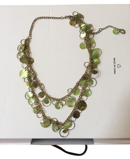 Preload https://item1.tradesy.com/images/silver-and-green-double-layered-with-details-necklace-3563185-0-0.jpg?width=440&height=440
