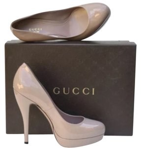 Gucci Nude Pumps