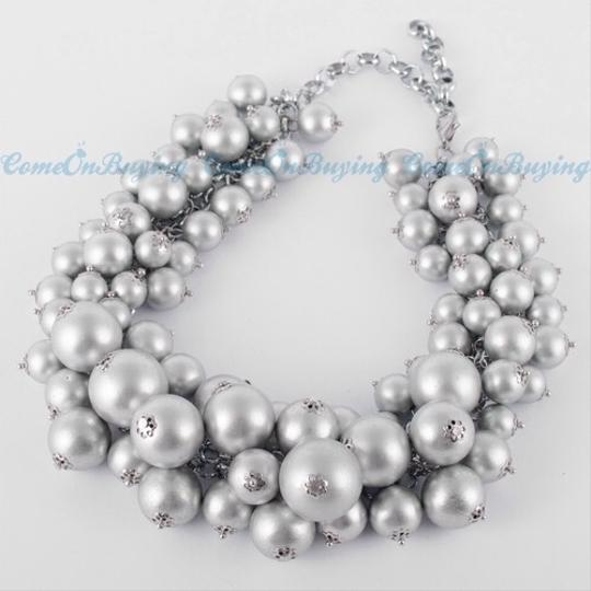 Other Fashion Gray White Chain Jewelry Resin Beads Cluster Choker Bib Pendant Necklace