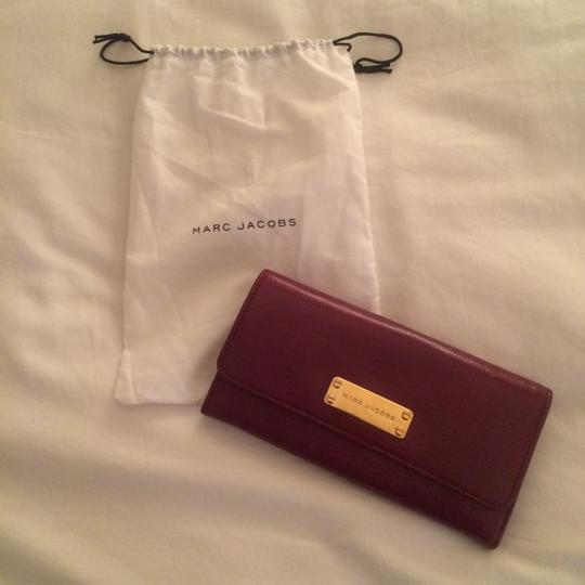 Marc Jacobs Marc Jacobs Double Groove Wallet C313400 in Chianti color