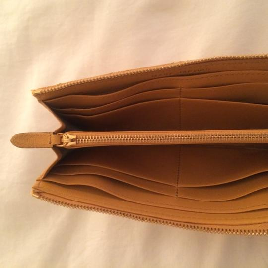 Marc Jacobs Marc Jacobs Quilted Wallet in Goldenrod yellow color