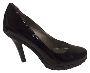 Me Too Patent Leather Platform Black Pumps